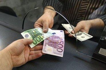 Нацбанк сделал валютные ограничения бессрочными