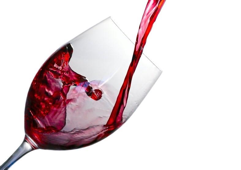 Верховная Рада Украины приняла закон про либерализацию в сфере производства спирта и об отмене государственной монополии на спиртовую отрасль. - bravex.ua